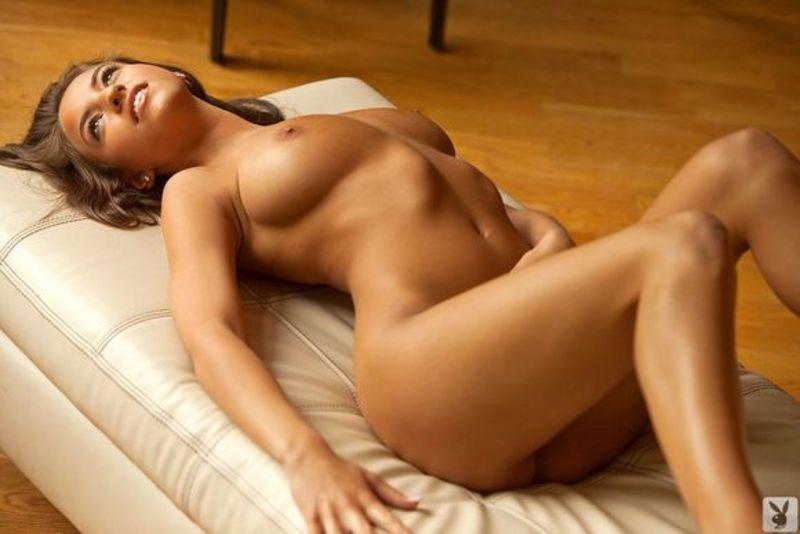 фото голая девушка с отличной фигурой